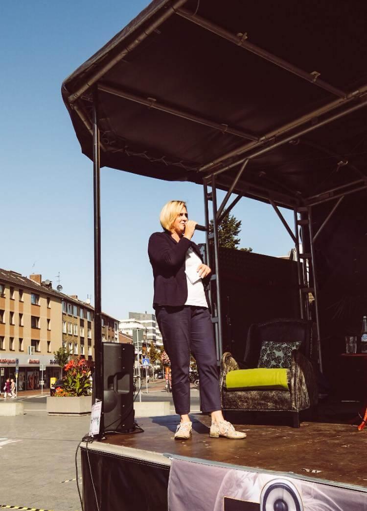 Michaela Eislöffel moderierte die Veranstaltung